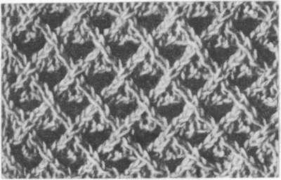 Сетка из накидов и перемещенных петель