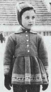 Детское спортивное платье и шапочка